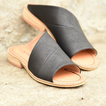 Can't Resist Slip-On Sandals - Black