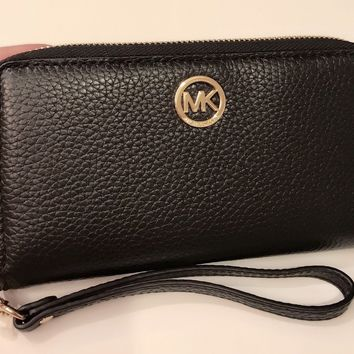 NWT Authentic Michael Kors Fulton Black Leather Phone Case Wristlet