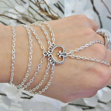 Slave Bracelet, Bracelet Ring, Heart, Love Chain, Hand Chain, Hand Jewelry, Beach Jewelry, Bridesmaids Bracelets, Bridal Jewelry, Sized