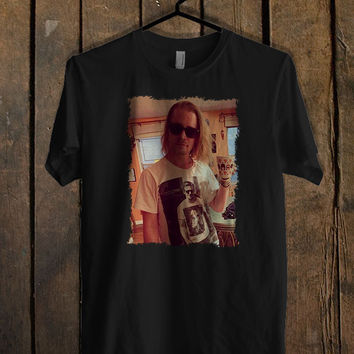 Ryan Gosling wearing a t-shirt of Macaulay Culkin T Shirt Mens T Shirt and Womens T Shirt **