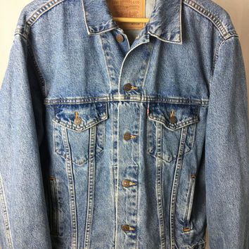 Vintage Levi's Denim Jacket Size Medium // Levis Jean Jacket Medium