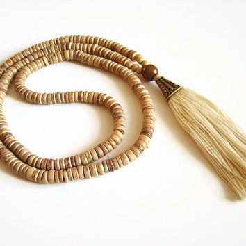 Boho tassel necklace, Beaded tassle beige nomadic necklace, Natural necklace tassel jewelry, Coconut necklace, Beaded boho necklace