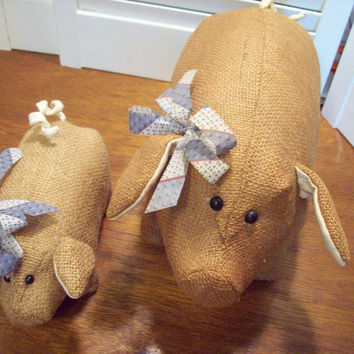 Burlap Pig stuffed country primitive handmade by 4oldtimesandnew