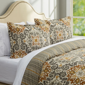 Three Posts Charden Duvet Cover Set
