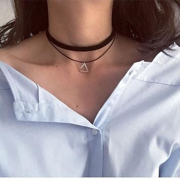 N757 Multilayer Chokers Necklaces For Women Triangle Geometric Pendant Necklace