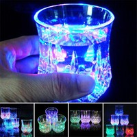 Creative Light Up LED Cups Automatic Flashing Drinking Cup Mugs