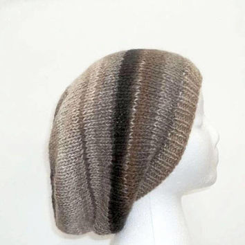Slouch hat knitted    5101