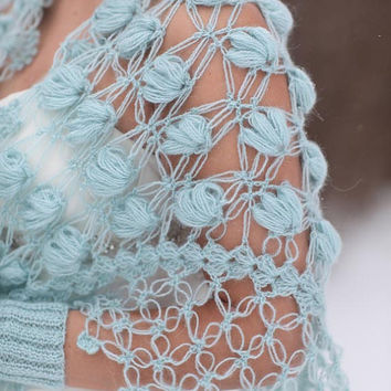 Wedding Shrug/ Bridal Bolero / Shawl / Winter accessories / Crochet Shrug / Bride accessories / Bridal attires / Winter Wedding / Blue Shrug
