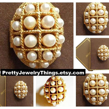 Avon Pearl Locket Poison Ring Gold Tone Vintage Perfume Glace Holder Large Oval Square Lattice Windowpane Boxes Twisted Edge Accent