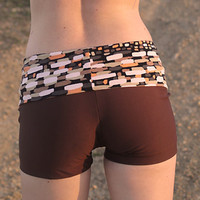 SAMPLE SALE. nomad hot yoga shorts. size 0, 1, 2, and 3.