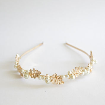 Gold leaf & pearl head band, bridal bridesmaid hair accessories, minimalist romantic delicate autumn country wedding , boho chic, OOAK