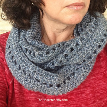 Unisex Handmade Crochet Cowl Scarf, Chunky Cowl, Crochet Cowl, Infinity Cowl in Blue Tweed, Soft Acrylic, Patterned Cowl Scarf, Mens Cowl