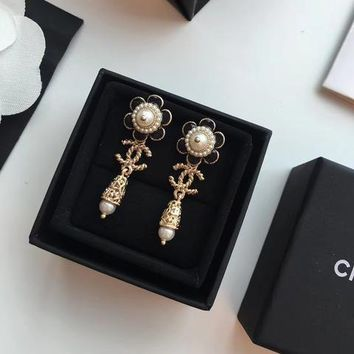 Double C New Arrival Earrings