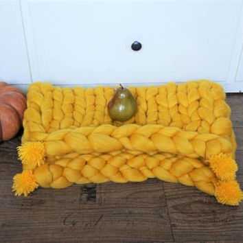 Yellow knit blanket, merino wool blanket, pom pom chunky hand knit throw blanket huge giant knit blanket 18 micron super soft chunky blanket