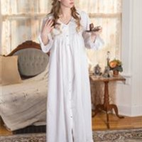 French Knotted Roses Smocked Nightie