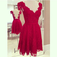 2015 Summer Sexy Ladies Red V Neck Floral Crochet Lace Cap Sleeve Bodycon Backless Zipper Mini Dress