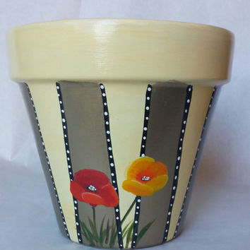 Poppies flower pot, hand painted pottery, painted pot, poppies painted pot, painted clay pot, patio flower pot, clay pottery, flower pot
