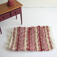 1:12 Scale Dollhouse Miniature Red Rose Ivory Shaker Style Wool Rug, Rustic Cottage Country Farmhouse Home Decor Handwoven Textile Collector