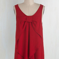 Mid-length Sleeveless Hello, Bow! Top in Red