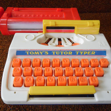 TOMY'S TUTOR TYPER/Vintage Typewriter/Toy Typewriter/Tomy Toys/Children's Typewriter