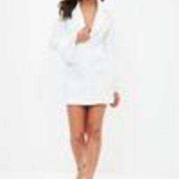 Missguided - White Jacquard Flock Floral Frill Blazer Dress