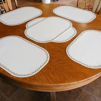 Six Corelle Placemats In Spring Blossom Green Design | Corelle Coordinates Reversible Placemats