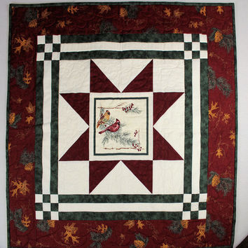 Cardinals Star Winter Wall Hanging and Table Topper in Cream, Red and Green