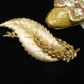 Large Gold Tone Leaf Brooch - Designer Signed Trifari Leaves Pin - Matte Gold Tone - 1970's - 1980's Retro Era - Classic Design