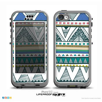 The Abstract Blue and Green Triangle Aztec Skin for the iPhone 5c nüüd LifeProof Case