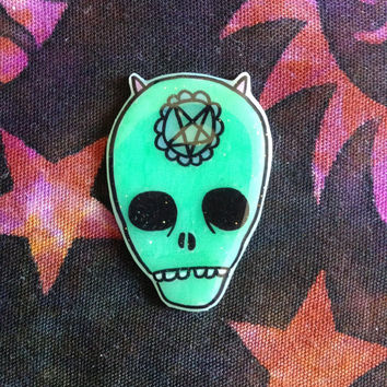Alien, brooch, lapel pin, jewelry, ufo, creepy,Holographic glitter, green pin, tumblr, 90's pin style,  jean jacket, too sassy