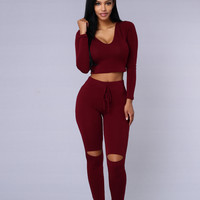 International Lover Hoodie - Burgundy
