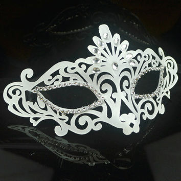 Christmas Facial Mask White Hollow Out Face Mask Crown Halloween Eyemask [6676099015]