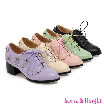 British Pointed Toe Sweet Lolita Retro Carving Flower Shoes Women Chunky Lace Up Oxford Shoes