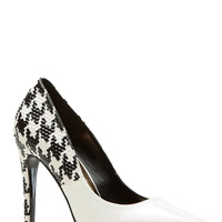 Black and White Snake Skin Textured Faux Patent Leather Pointed Toe Classic Pumps