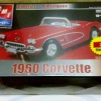 1960 Chevy Corvette 1:25 Scale AMT 2002 Classics Model Kit Level2 MIB ShrinkWrap