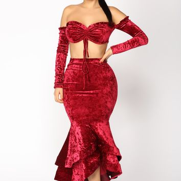 Amabella Ruffle Skirt Set - Burgundy