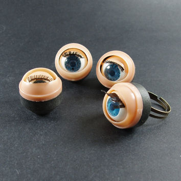 10pcs 3D 12mm Plastic  Eyes With Movable Blink by buyimeiren2010