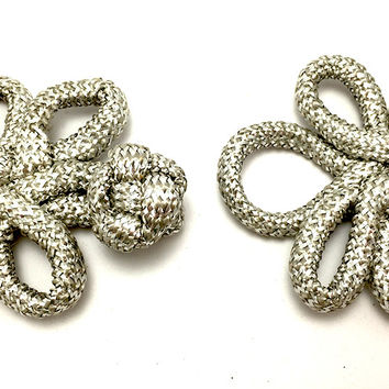 "Frog Closure, Metallic Silver Rope  2.75"" x 2.25"""