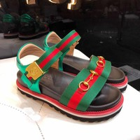 shosouvenir GUCCI : Ladies bees sandals beach shoes