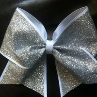 Sparkly Cheer Bow by AnnieBowBannieBows on Etsy