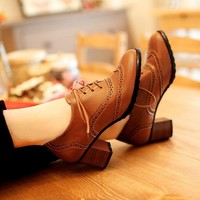 British Style Carved Classy Lace up Oxford Shoes