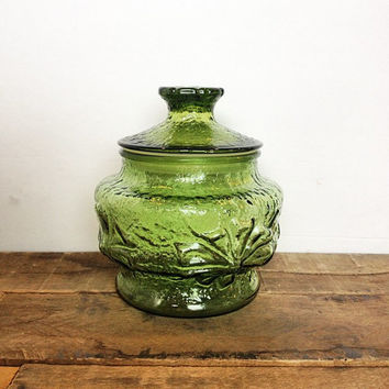 Avocado Green Glass Canister in Anchor Hocking Rainflower pattern - perfect for kitchen storage or a green candy bar or candy buffet!