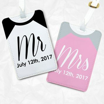 Mr and Mrs Luggage Tags Set, Valentines day gift, Engagement Gift, Wedding Gift, Personalized design, Gift for him, Gift for her