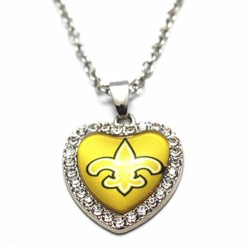 Hot Sale Heart Football New Orleans Saints Glass Pendant Necklace 50cm Silver Chain Necklace For Women Crystal Necklace Jewelry
