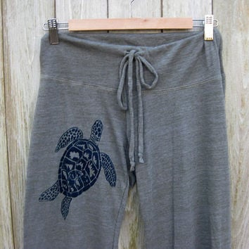 be still my Sea Turtle Yoga Pants, Wideleg Pants, Lounge Pants, in Olive Green, S,M,L,XL