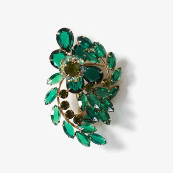 Vintage 60s Rhinestone BROOCH / 1960s Sparkling Green Multi-Dimensional Open Back Gold Oversized Pin