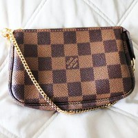 Louis Vuitton LV Women Fashion New Monogram Print High Quality Shopping Crossbody Shoulder Bag
