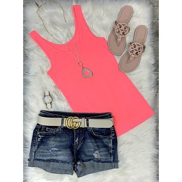 Basic Scoop Tank: Hot Pink