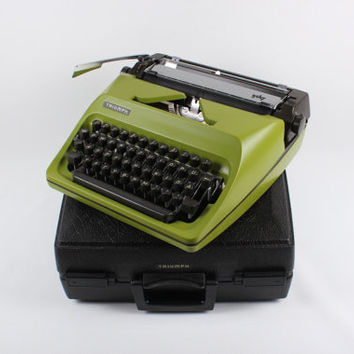 TRIUMPH GABY TYPEWRITER -  green typewriter - working typewriter - portable typewriter - vintage typewriter - typewriter ribbons