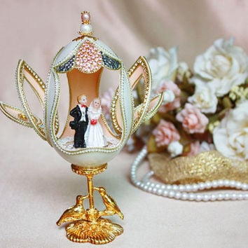 Personalized Wedding gift - Wedding gift for a newly married -  Light pink & Ivory with pearls